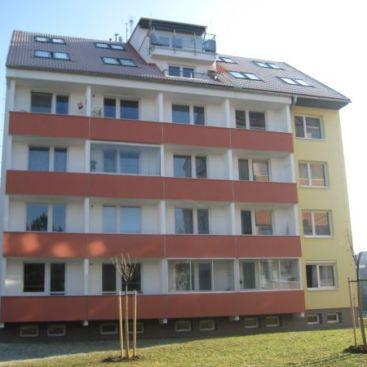 Nástavba a zateplení panelových domů, Heyrovského, Brno-Bystrc